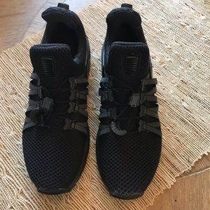 Women's Nike - black 6.5